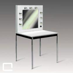 schminkspiegel mit tisch 70 x 70 mieten qualyx gmbh. Black Bedroom Furniture Sets. Home Design Ideas